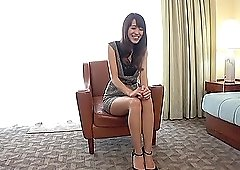 Shy mature Japanese Ooishi Kaori masturbates in front of a stranger