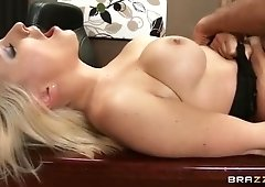 Dick sucking sex video featuring Lexi Swallow and Keiran Lee