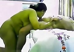 Indian Busty Aunty Prepare Her Partner By Her Blow