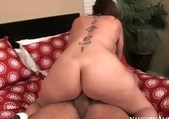 Admirable bald Sara Jay comes with a blowjob