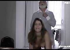 Maria Bopp and Nash Laila in Me Chama De Bruna - s01e07