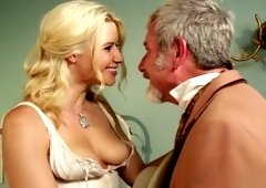 Anikka Albrite is satisfying an elderly guy