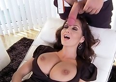 Ava Is Getting A Sexy Massage