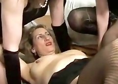 Lesbia porne licking tubs