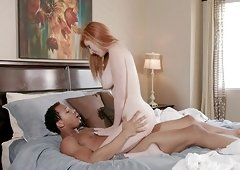 Lauren Phillips takes the shower right before her boyfriend comes