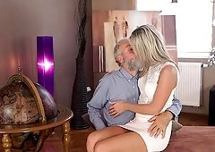 Enticing blonde with ease seduces her old geography teacher