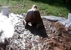 Piss in mud