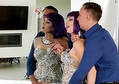 Aria Alexander wears a wig while being fucked by a fellow